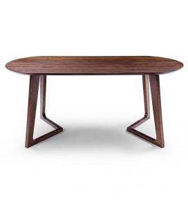 Todd 餐桌